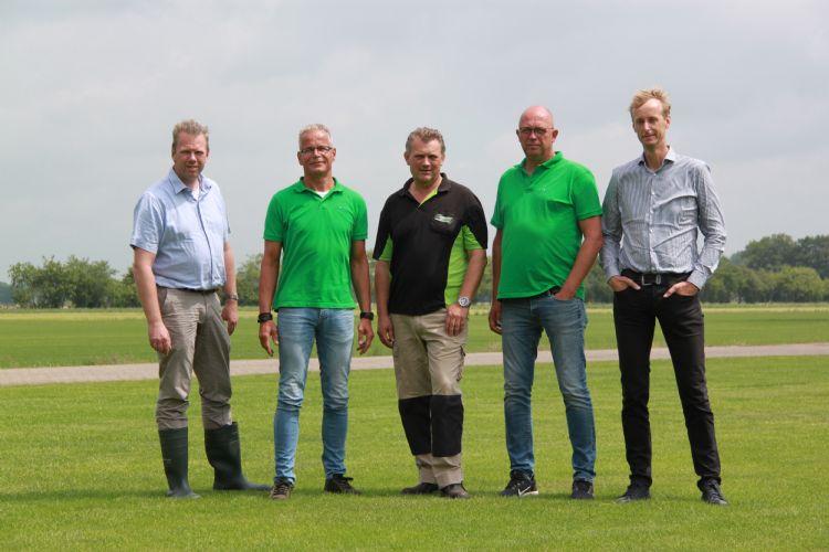 De organisatie. V.l.n.r.: René de Munnik, Hans Vervaart, Marc Fokker, Job Steunenberg en Peter Laan
