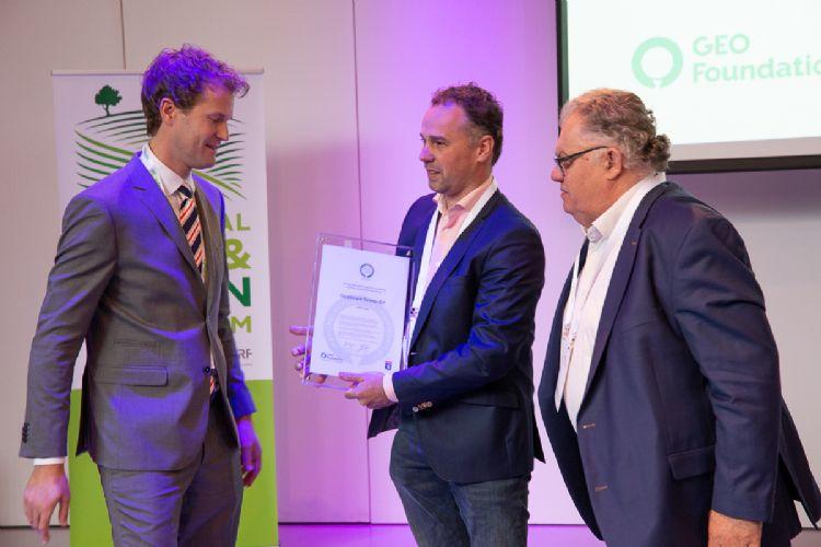 Piet Oosthoek krijgt het Recognised Service Provider label voor 2019 uitgereikt