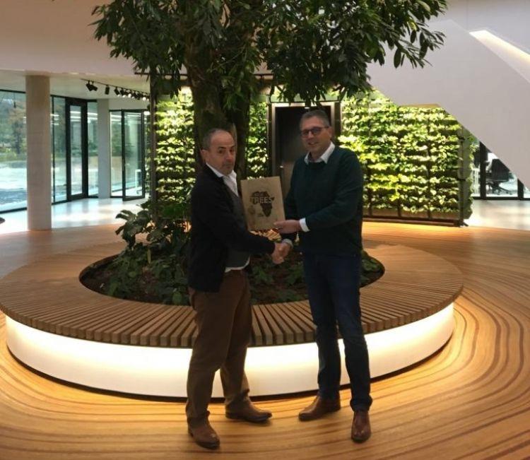 Marc Bolier, ceo van Krinkels en Hein van Iersel (NWST) op het hoofdkantoor van Krinkels in Breda.