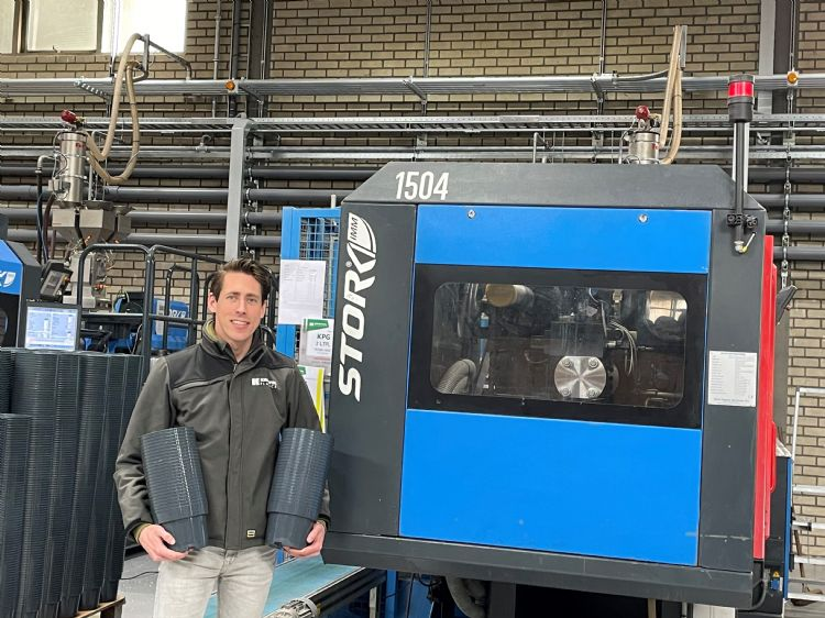 Luc Snijders is de derde generatie die aan het roer staat van het familiebedrijf Kreuwel Plastics Almelo BV.